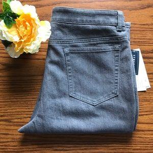 NWT Jones New York Stretch Gray Jeans Size 10